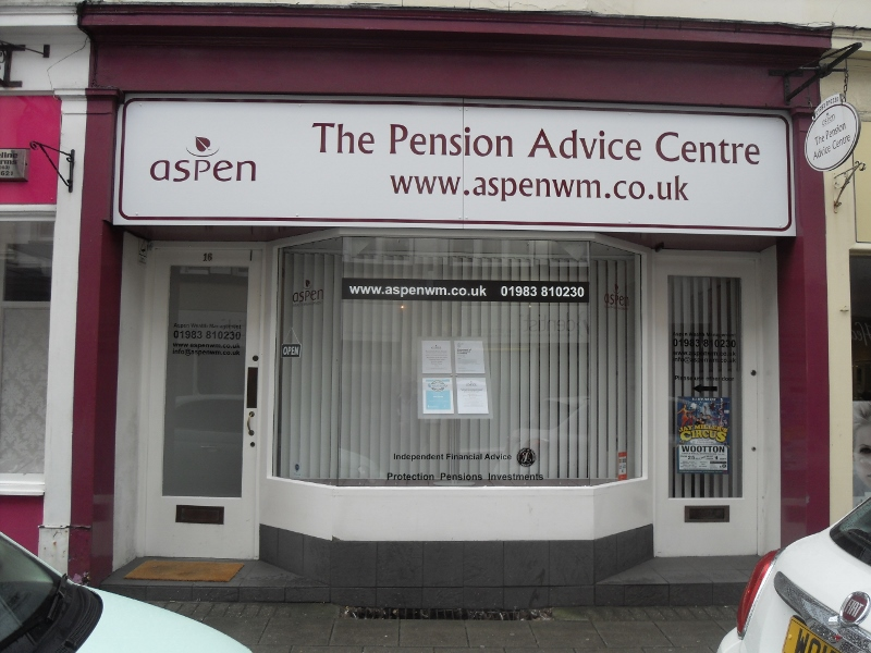 Ground floor office/retail unit, in a popular area of Ryde.