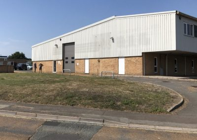 Extensive detached commercial premises with multiple uses