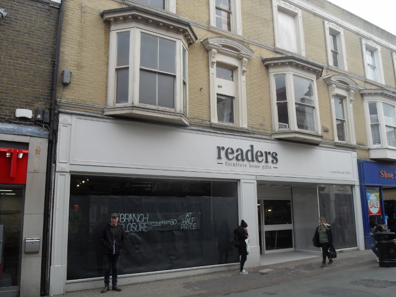 A prime-located unit within Ryde's pedestrianised precinct.