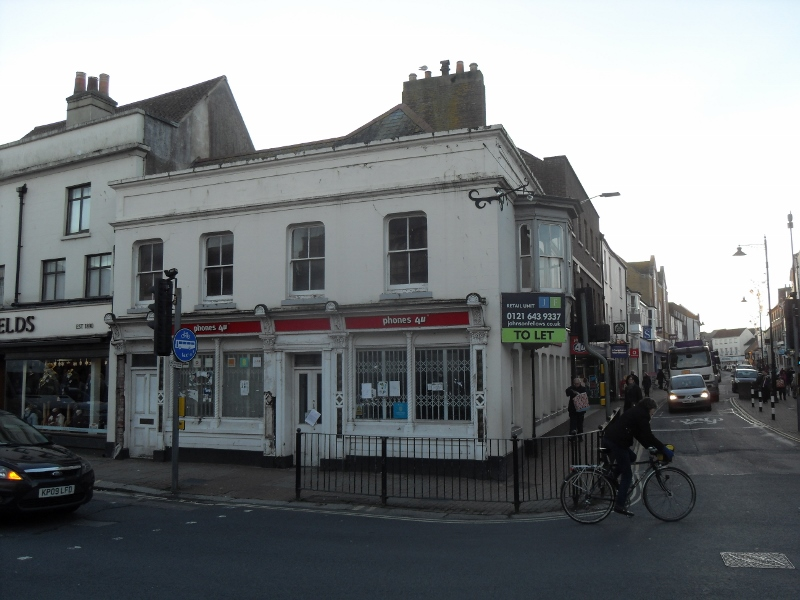 Extensive corner property, available now on new lease