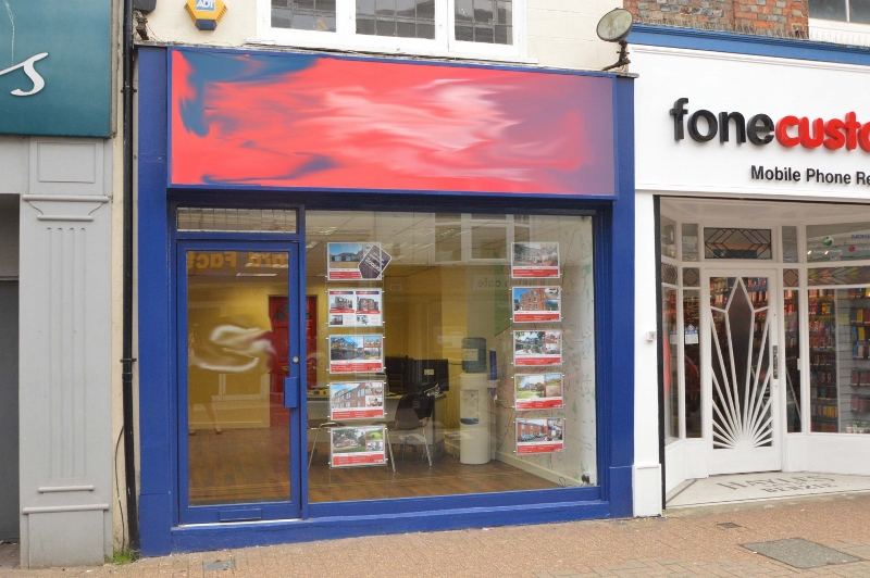 AUCTION SALE: Office/Retail unit in a prime location, with potential for residential above.