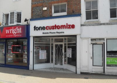 Prime located retail premises