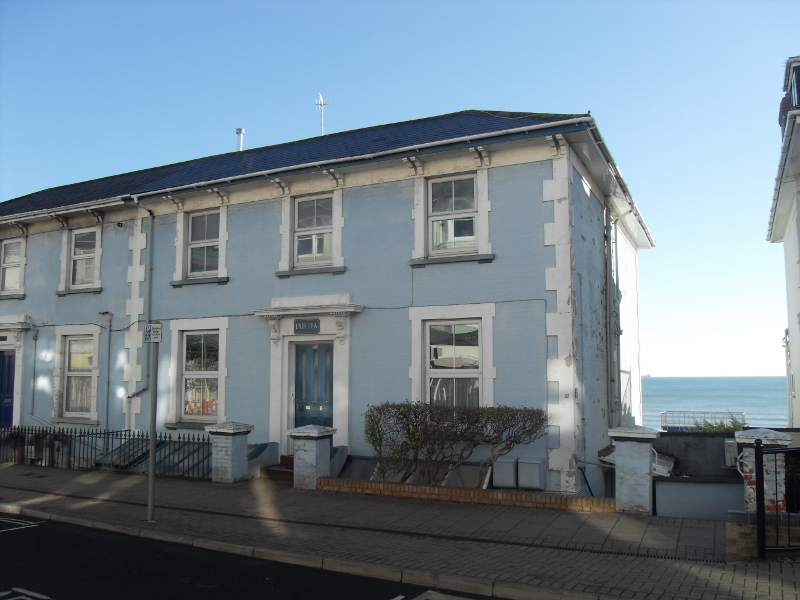 Three-storey residential property with spectacular sea views