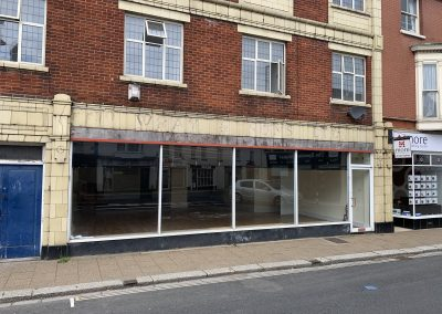 Spacious commercial premises with rear office and 4 car spaces – flexible terms available