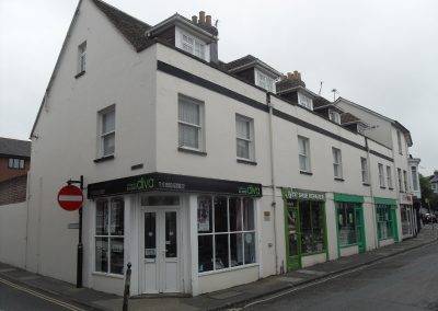 AUCTION SALE: A mixed commercial / residential investment in this popular location within Newport Town Centre.