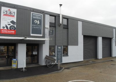An excellently-presented retail/warehouse unit within this popular and busy trading/industrial estate.