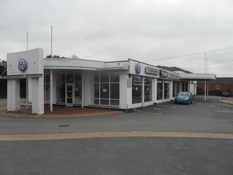 A purpose-built showroom facility with reception, offices and storage, available now on a new lease.