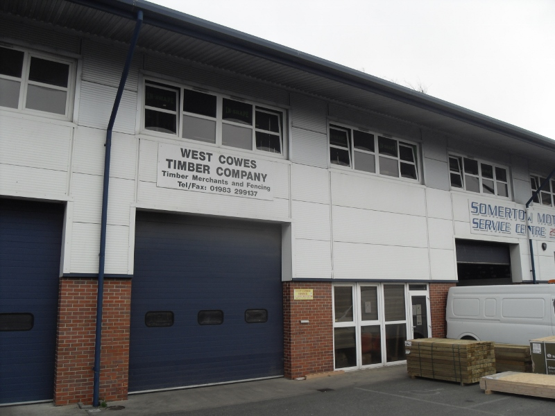 A modern, mid-terrace production/warehouse unit in Cowes.