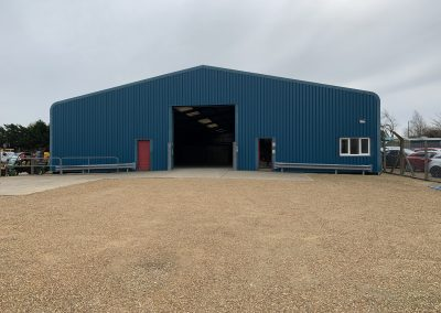 Extensive warehouse/production facility in central location