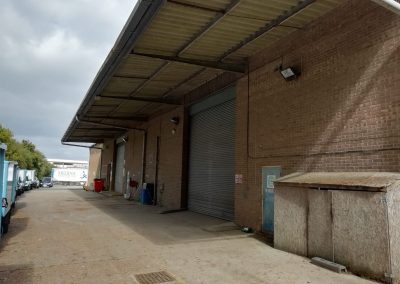 A large warehouse facility in an excellent central location – available to lease as a whole or subdivided by negotiation.