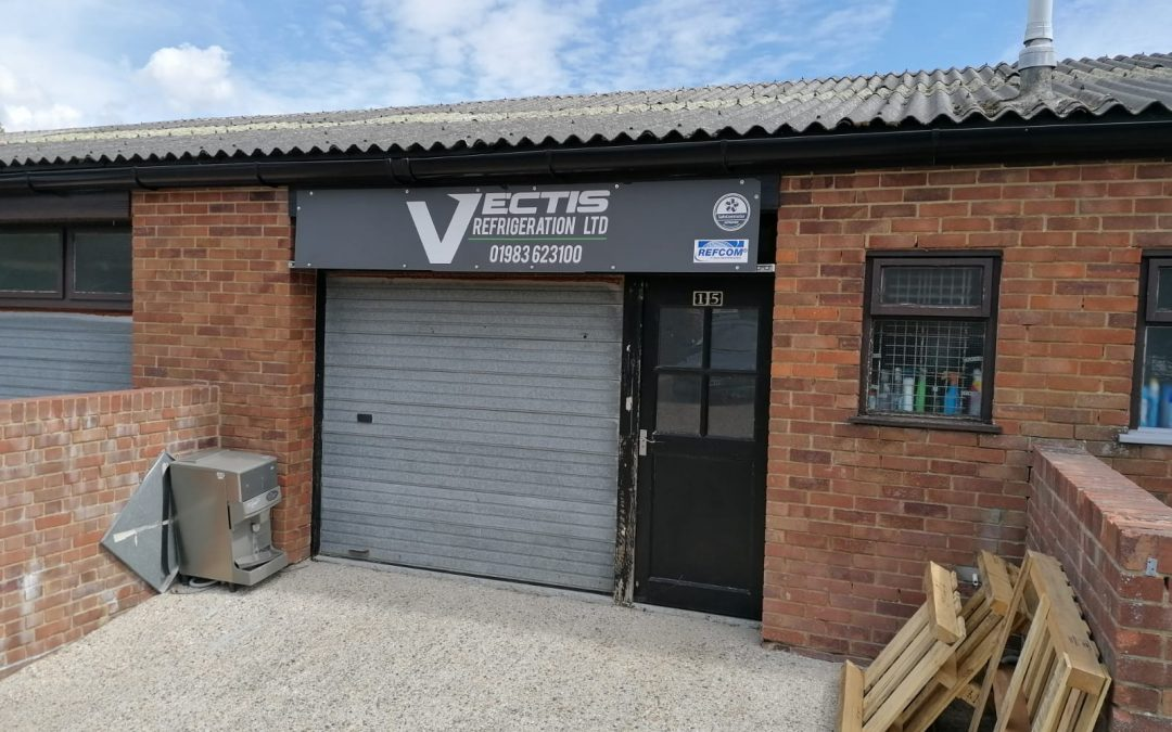 A mid-terrace workshop, available on a new lease from June 2021 due to the current tenant's relocation plans.