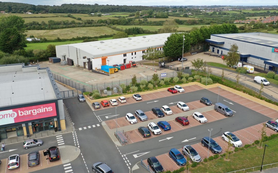 An extensive warehouse/production facility on the outskirts of Newport – available on a new lease, due to the existing tenant's relocation.