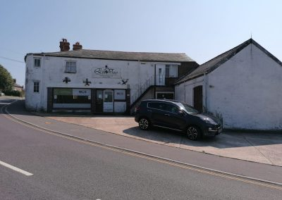 NETTLESTONE: A rare opportunity to purchase this extensive commercial premises – early interest is encouraged.